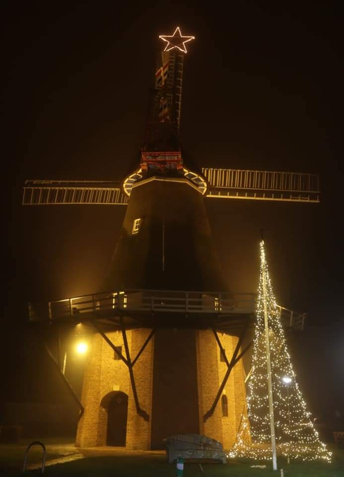 Kerstsfeer bij molen Sterrenberg Nijeveen