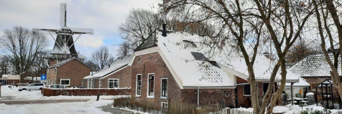 Molen Jan Pol Dalen in de sneeuw